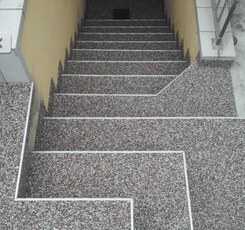 tapis-de-pierre-escalier